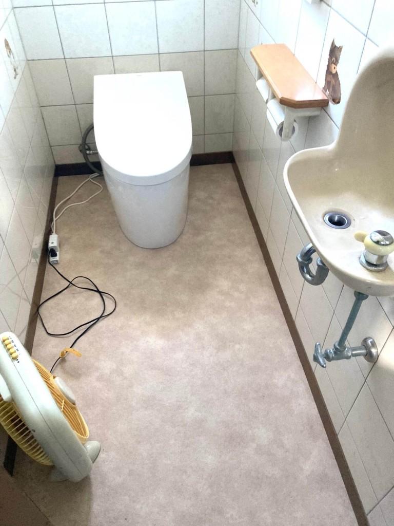 トイレ1_R